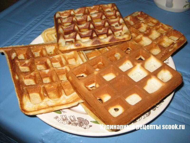 Быстрый завтрак в сэндвичнице