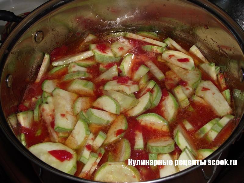 Кабачки в томатном соке на зиму