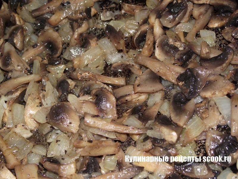 Омлет с начинкой из грибов и зеленой фасоли