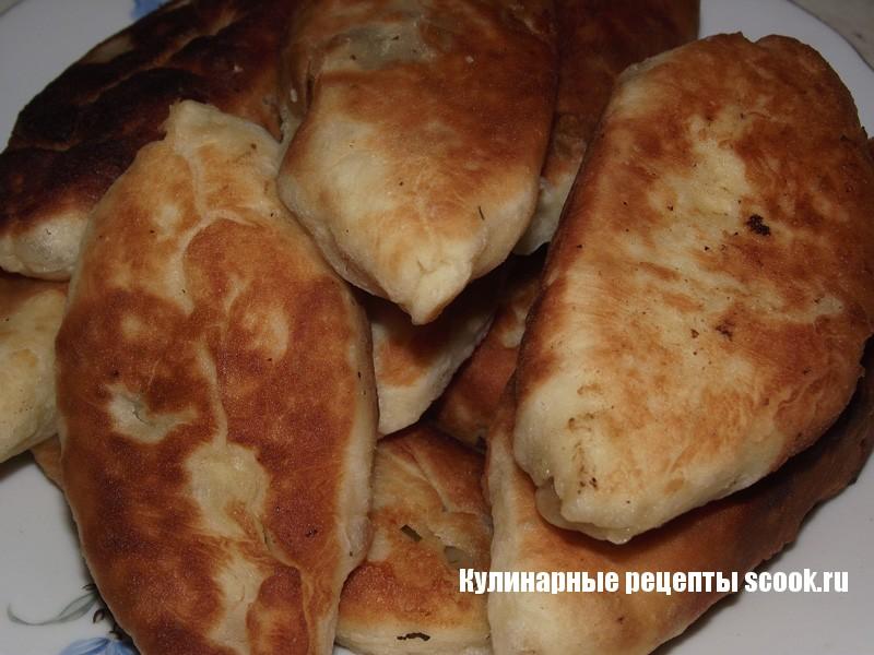 Жареные пирожки с грибами