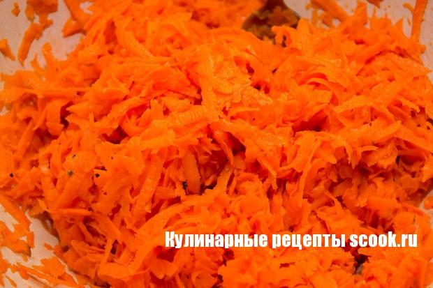 Маринованные голубцы с морковью