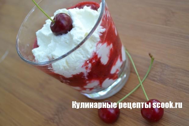 Десерт с рикоттой и вишней