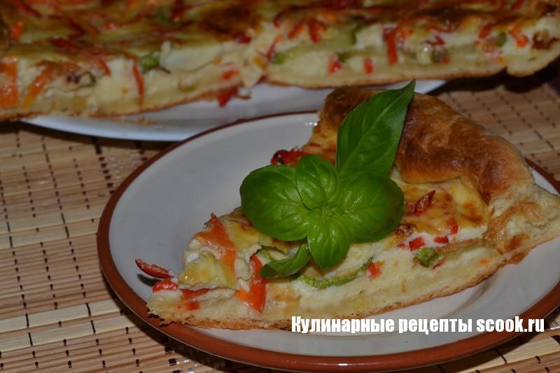 Киш с овощами и сыром
