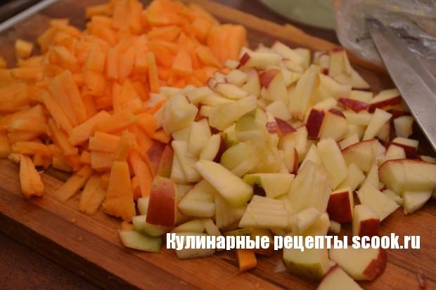 Блинчики с тыквой и яблоками