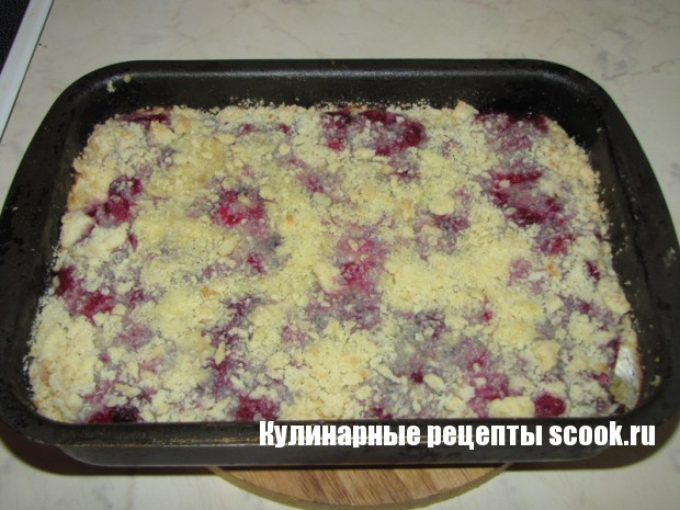 Творожно-ягодное пирожное