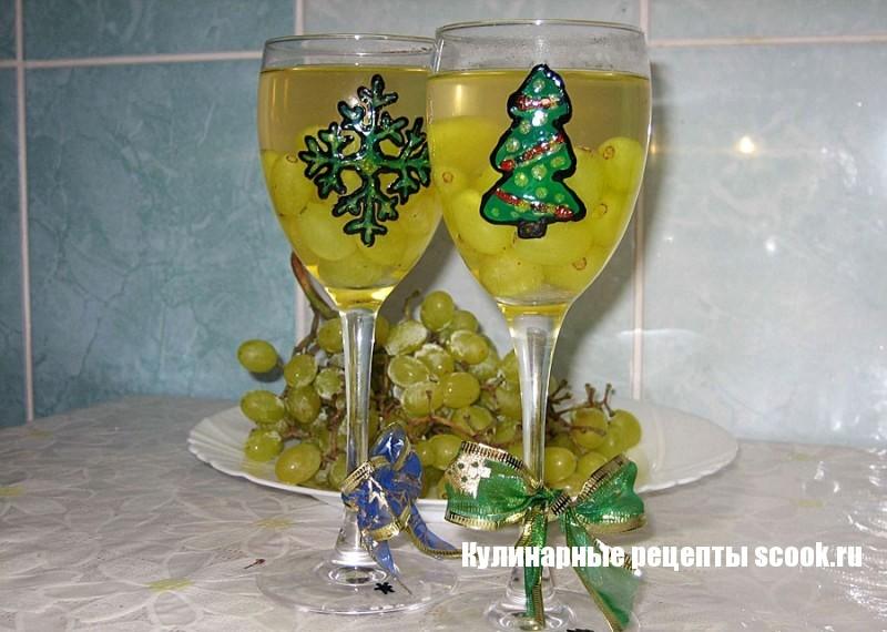Виноградное желе из шампанского