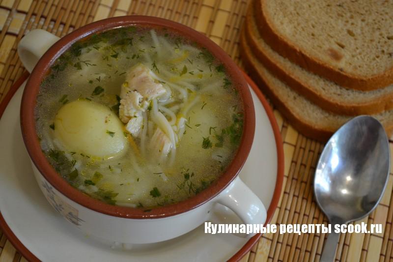 Куриный суп с молодой картошкой