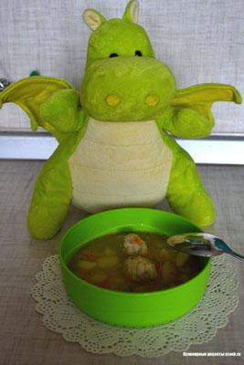 Суп с рыбными тефтельками и овсянкой